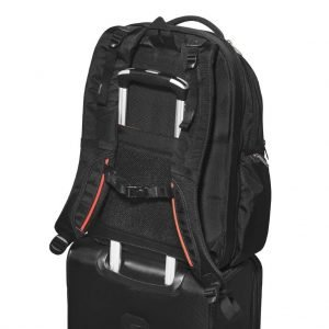 Everki Atlas luggage trolley pass-through